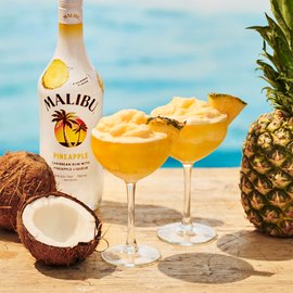 PreviewMedium-Malibu_Pineapple_Frozen_Daiquiri_US_Evergreen_Product_9x16.png