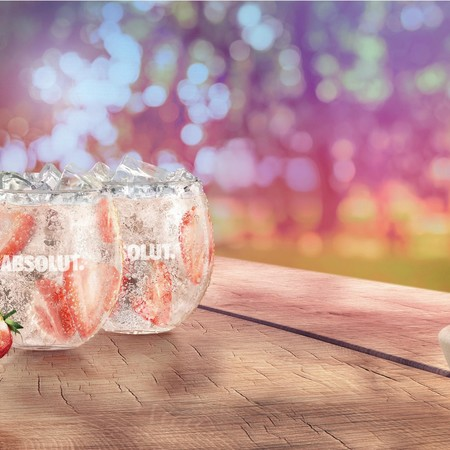 Absolut strawberry page 001